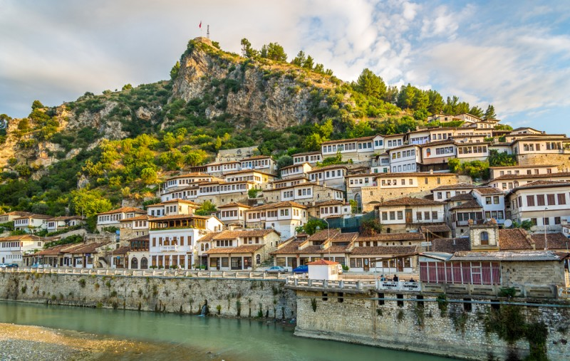Vizesiz Arnavutluk