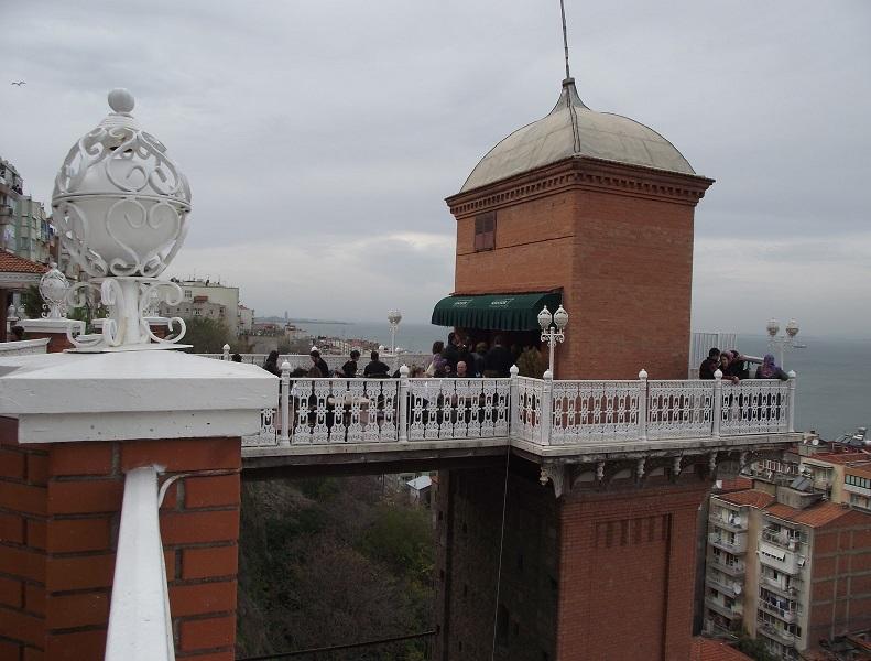 İzmir Tarihi Asansör Nerede ve Tarihi Bilgiler