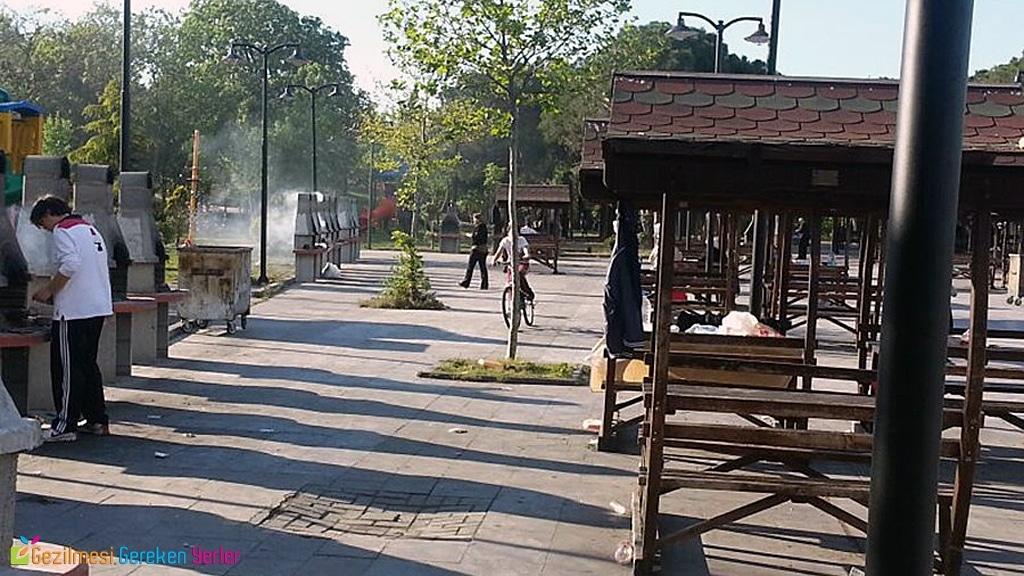 Paşaeli Kent Parkı Piknik & Mangal Alanı