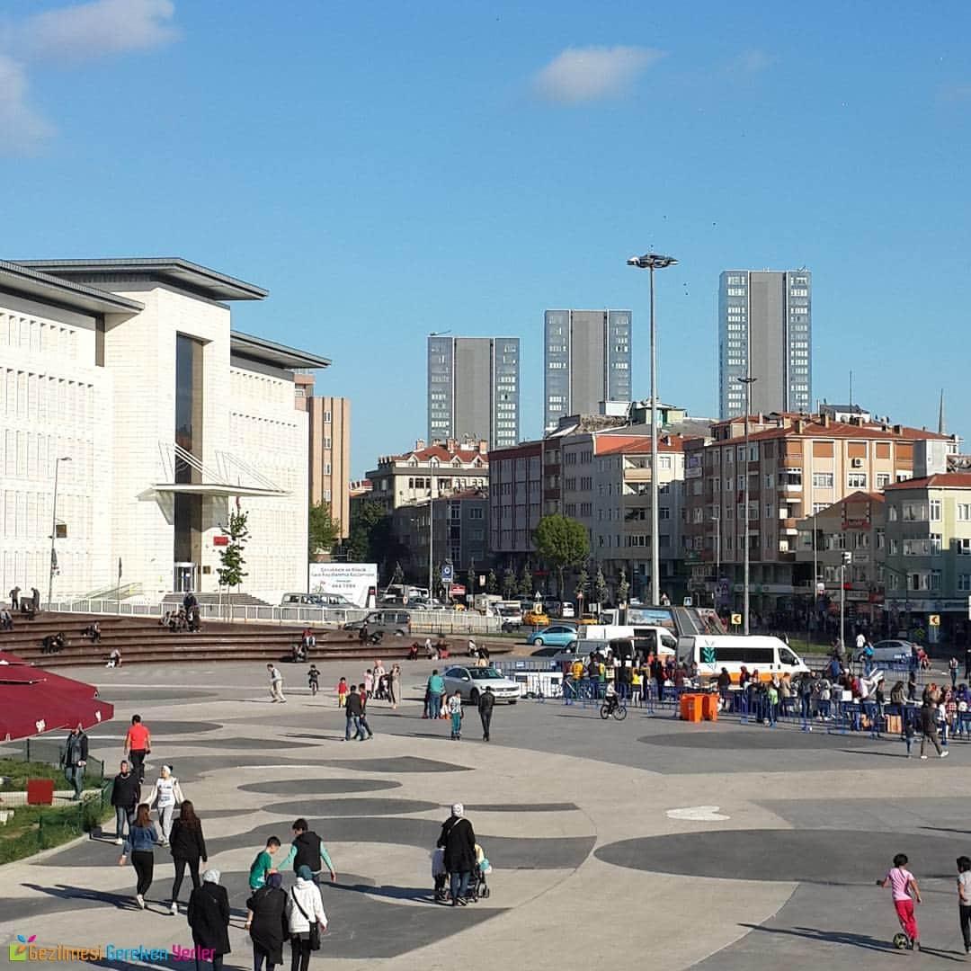 Zeytinburnu Meydanı