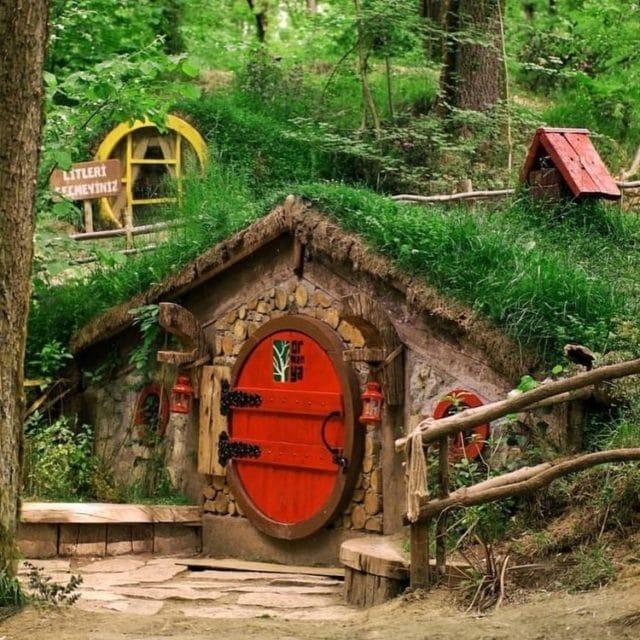 Ormanya Doğal Yaşam Parkı Hobbit Evleri - Kocaeli